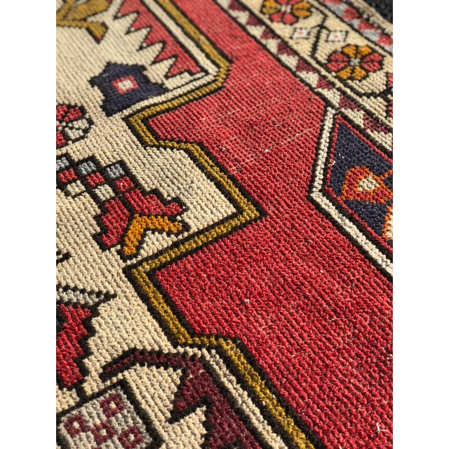 1950s Vintage Turkish Rug - 4′6″ × 9′ For Sale - Image 12 of 13
