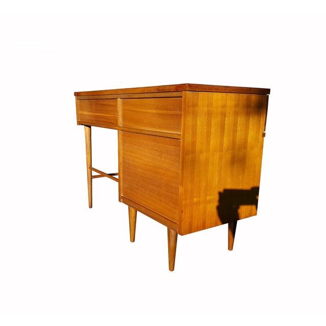 Paul McCobb Style Mid-Century Modern Desk - Image 4 of 4