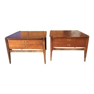 1960s Vintage Basset Walnut End Tables-a Pair For Sale