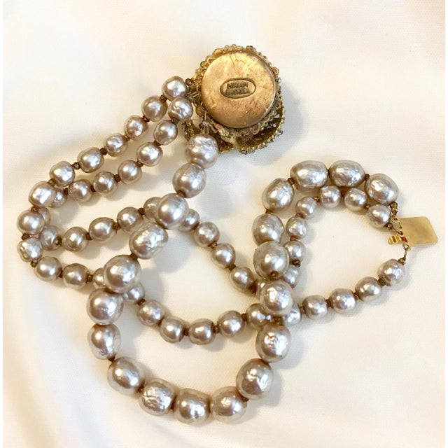 1950s Miriam Haskell Baroque Faux-Pearl and Rhinestone Bracelet For Sale - Image 5 of 6