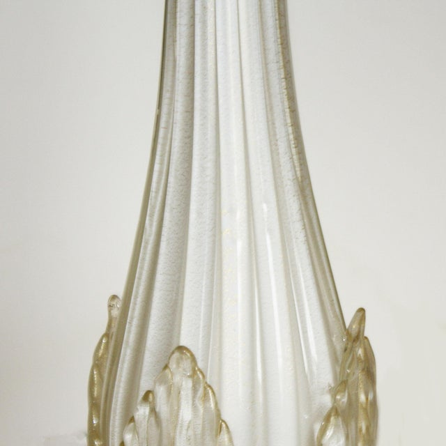 Pair of Ivory Murano Glass Leaf Lamps, C. 1960 For Sale - Image 4 of 6