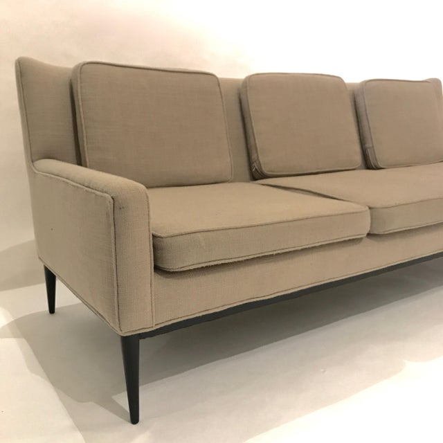 """Mid 20th Century Sleek Paul McCobb Sofa Model 1307 for Directional in """"Oatmeal"""" Upholstery For Sale - Image 5 of 7"""