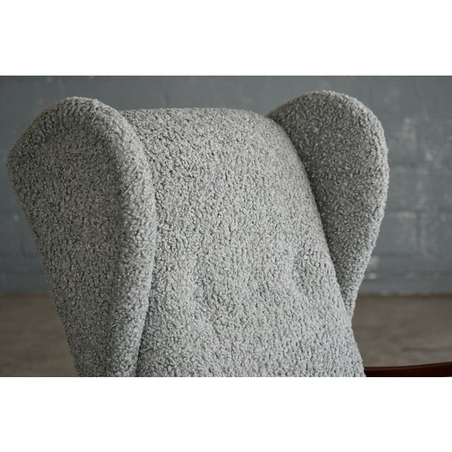 1940s Fritz Hansen Model 1582 Wingback Lounge Chair in Grey Boucle Danish Midcentury For Sale - Image 5 of 13