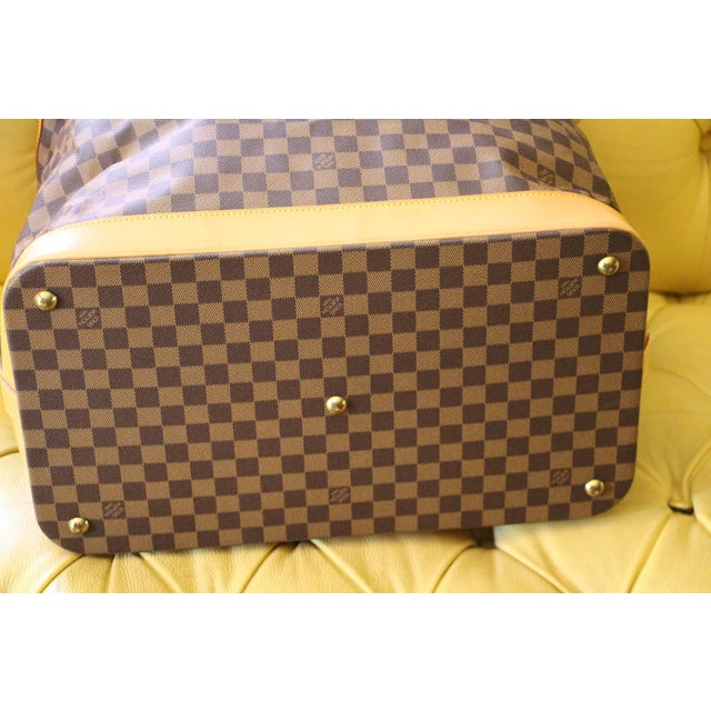 Mid-Century Modern Special Edition Louis Vuitton Travel Bag, Damier Canvas For Sale - Image 3 of 12