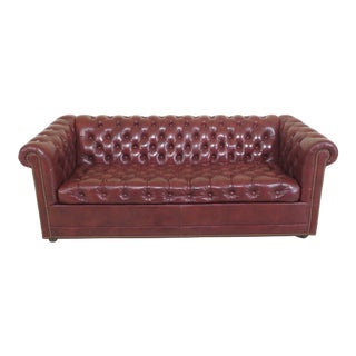 1990s Vintage Leathercraft English Style Tufted Leather Chesterfield Sofa For Sale