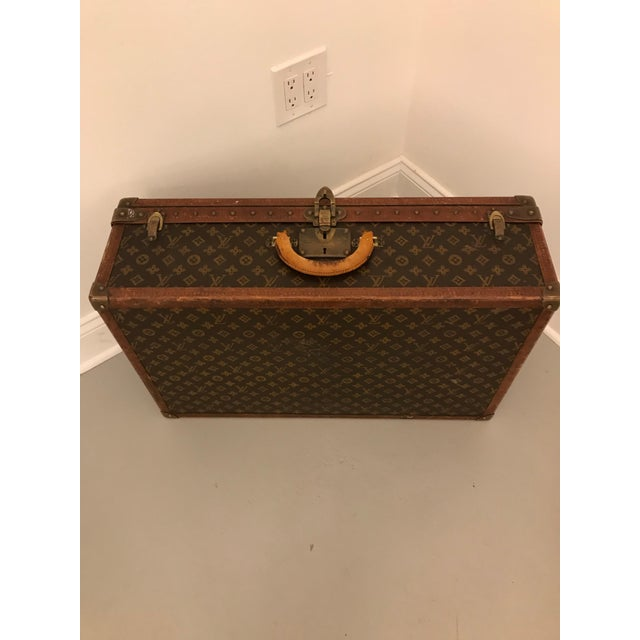 Art Deco 1930s Louis Vuitton Leather Trunk or Suitcase For Sale - Image 3 of 13
