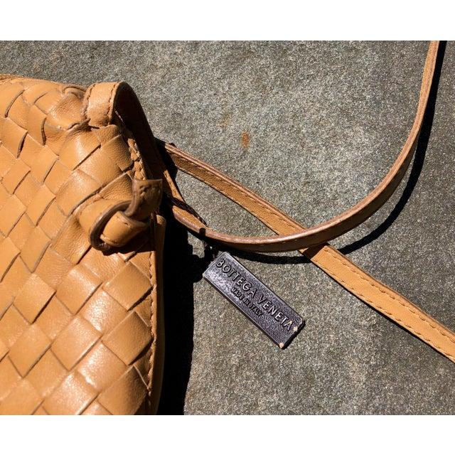 Italian Bottega Veneta Intrecciato Tan Cross Body Bag For Sale - Image 3 of 10