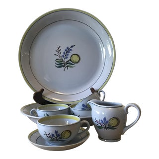Arabia of Finland Windflower Dinnerware - 7 Pc For Sale