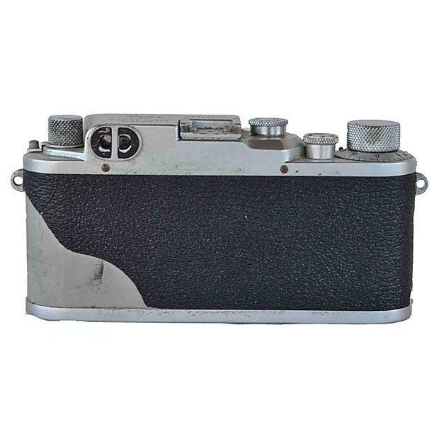 Vintage Leica Camera - D.R.P. Ernst Leitz Wetzlar For Sale - Image 5 of 5