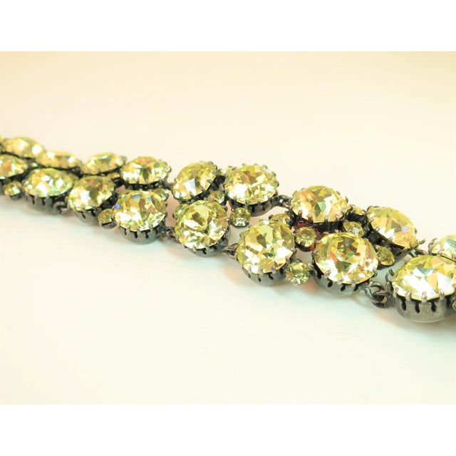 Traditional Austrian Hand-Made Canary Crystal Link Bracelet 1950s For Sale - Image 3 of 13