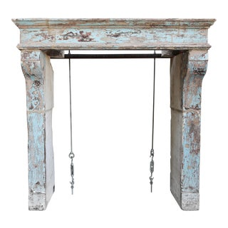 Antique French Limestone Mantel From the 19th Century in the Campagnarde Style For Sale