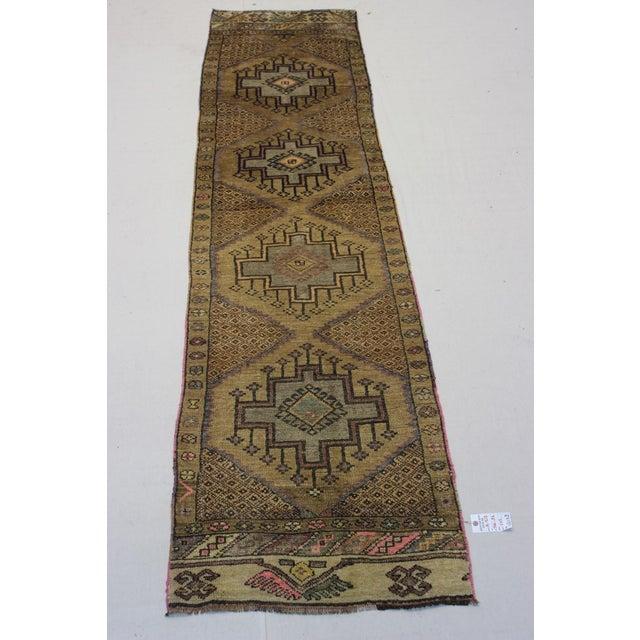 "Traditional Turki̇sh Wool Rug - 2'7"" x 11'3"" - Image 3 of 8"