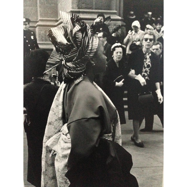 1963 Nyc Easter Day Parade PhotoBlack and White For Sale In New York - Image 6 of 6