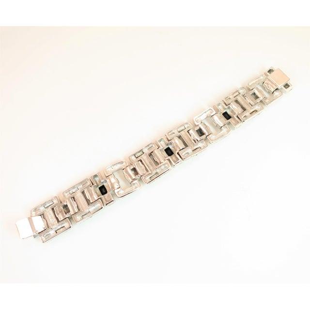 Ciner Art Deco-Style Geometric Link Rhodium Bracelet 1950s For Sale - Image 9 of 13