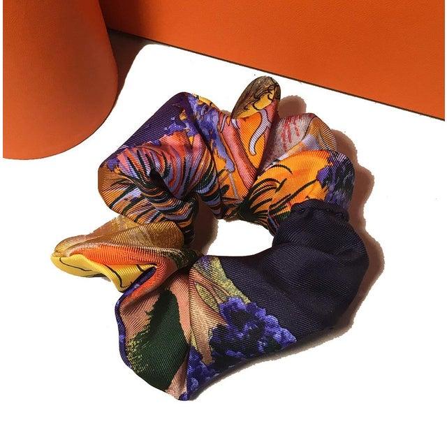 Hermes Handmade Vintage Silk Scarf Scrunchie in Orange and Navy Tropical Print For Sale - Image 13 of 13