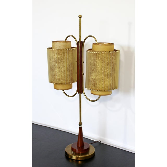 1940s Art Deco Wood & Brass Sculptural Table LampDual Headed For Sale - Image 5 of 9