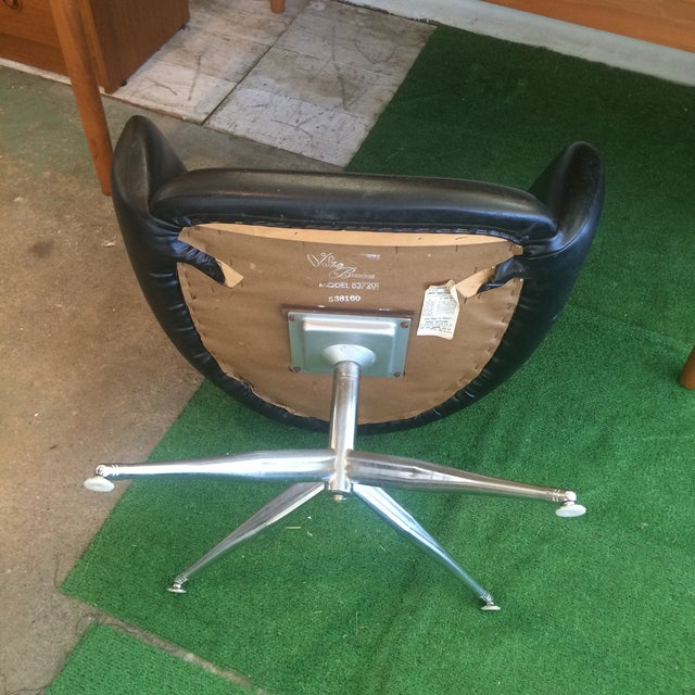 Chrome Vintage Baumritter Accent Chair For Sale - Image 7 of 11