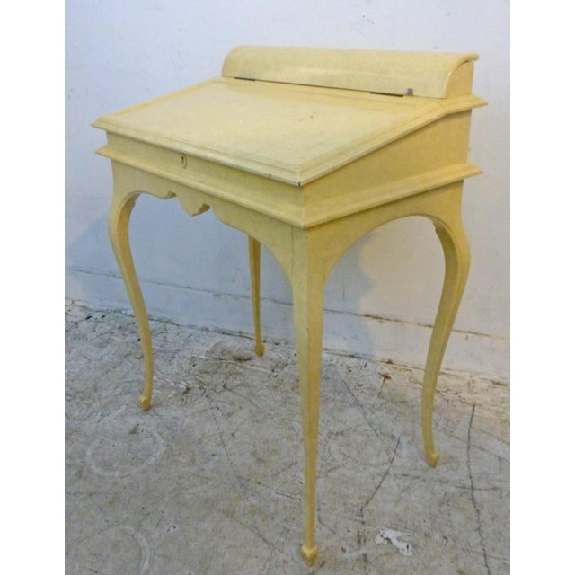 Creamy Lacquered Writing Desk - Image 4 of 8