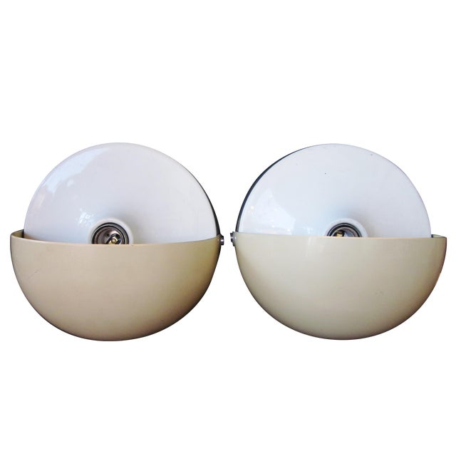 "Vintage 1970s Italian Mod ""Mezzanotte"" Wall Sconces by iGuzzini in Eggshell and White Acrylic With Half-Moon Pivoting Shades For Sale"