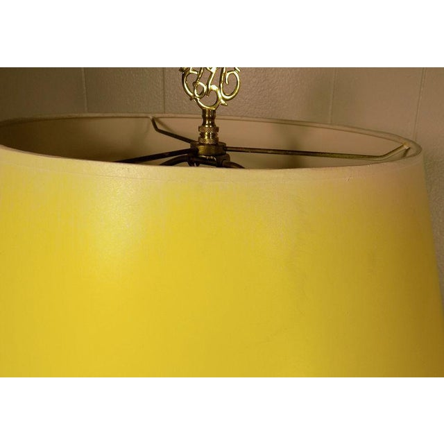 Vintage Frederick Cooper Hand Painted Pottery Table Lamp & Yellow Shade For Sale - Image 9 of 11