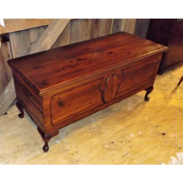 Art Nouveau Lane French Provincial Style Cedar Hope Chest For Sale - Image 3 of 9