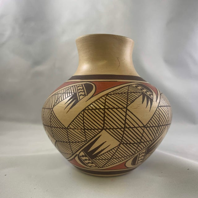 Southwest Clinton Polacca Hopi Polychrome Seed Jar With Migration Pattern For Sale - Image 4 of 13