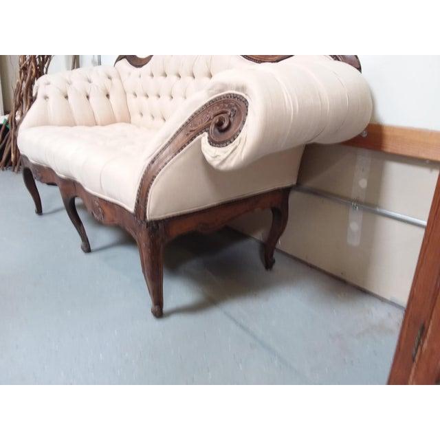 Italian 18th Century Walnut Piedmontese Sofa For Sale - Image 3 of 11
