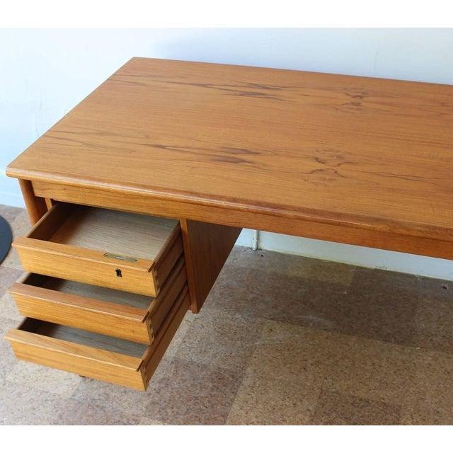 Lovig Slide Top Desk