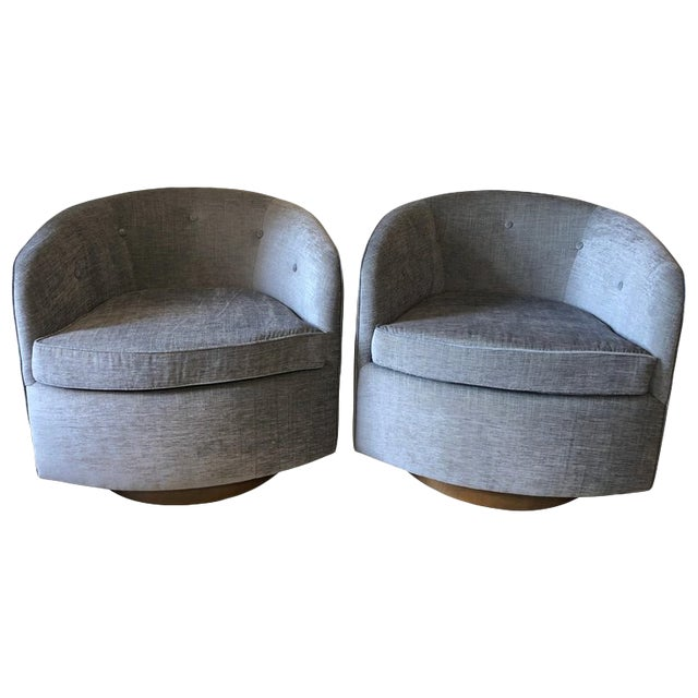 Mid-Century Modern Swivel Lounge Chairs on Walnut Bases - a Pair For Sale