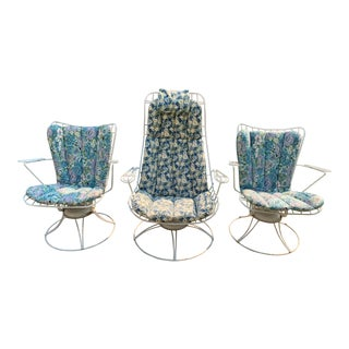 1960s Vintage Homecrest Outdoor Metal Wire Chairs - Set of 3 For Sale