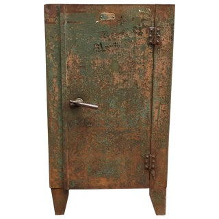 1930s Industrial Metal Locker Cabinet For Sale