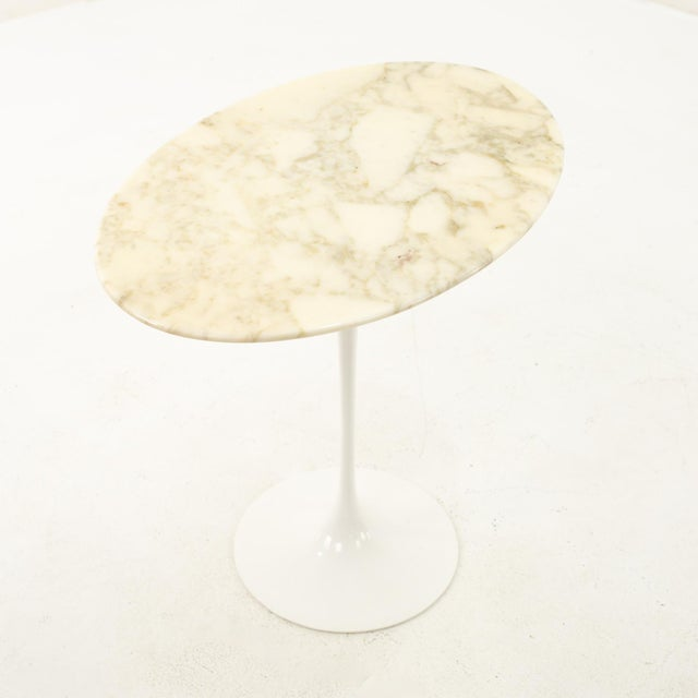 Antique White Knoll Mid Century Oval Marble Top Side End Tables With Tulip Base - a Pair For Sale - Image 8 of 12