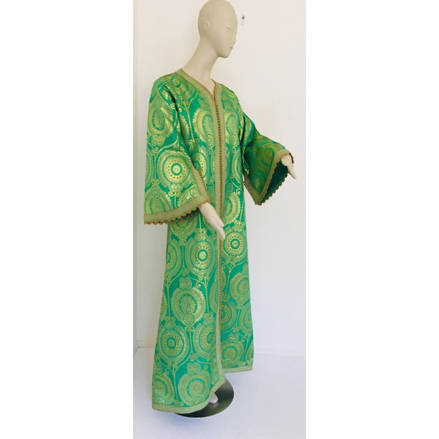 Elegant Moroccan Caftan Lime Green and Gold Metallic Floral Brocade For Sale - Image 11 of 13