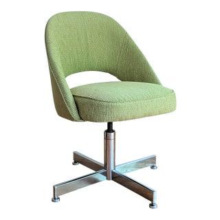 Vintage Saarinen Style Desk Chair For Sale