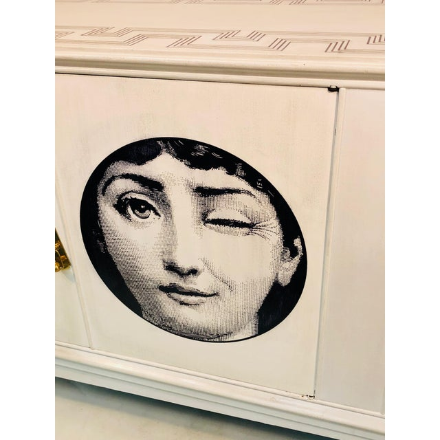 Piero Fornasetti 20th C. Italian Commode Cabinet in the Manner of Piero Fornasetti For Sale - Image 4 of 11