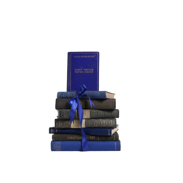 Vintage Book Gift Set: Indigo Art Selections, S/8. Eight vintage books featuring a handsome stack of art history themed...