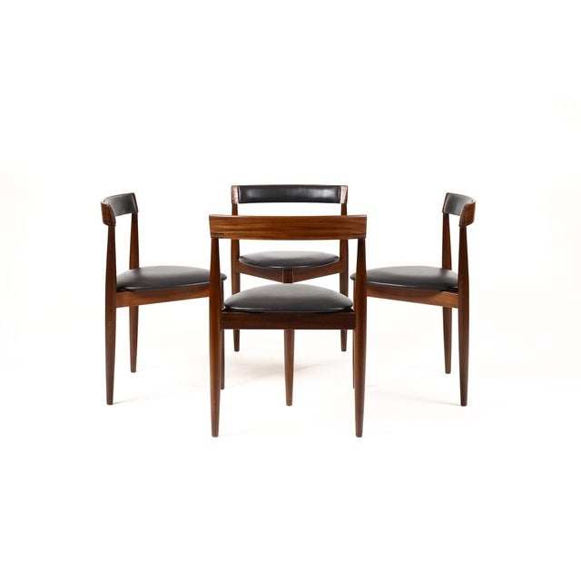 Fantastic vintage dining chairs. Iconic Scandinavian set designed by Hans Olsen for Frem Rojle. Four tripod dining chairs...
