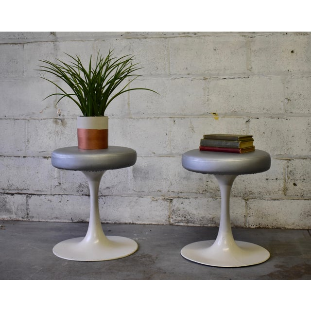 Aluminum Mid Century Modern Vintage Knoll Style Tulip Stool(s) France For Sale - Image 7 of 7