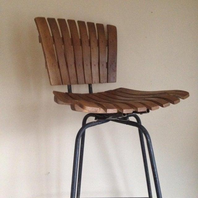 Mid Century Umanoff Style Wooden Slat Stool - Image 3 of 10