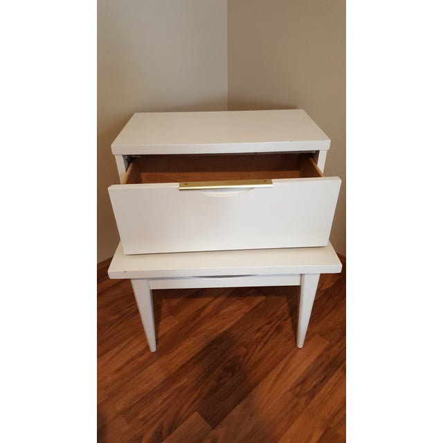 Kent Coffey End Table - Image 10 of 12
