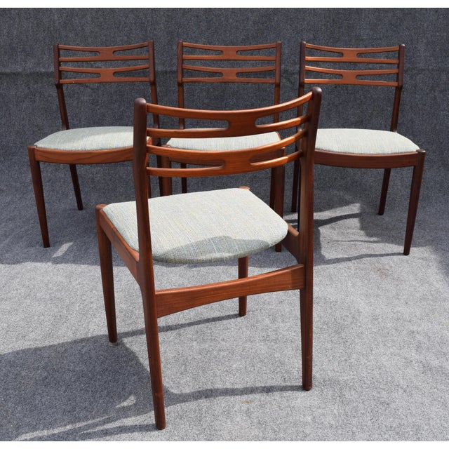 Vintage Johannes Andersen for Vamo Mobelfabrik Danish Modern Teak Model 101 Dining Chairs - Set of 4 For Sale - Image 5 of 7