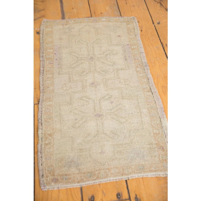 """Vintage Distressed Oushak Rug Mat - 1'6"""" X 2'9"""" For Sale In New York - Image 6 of 9"""