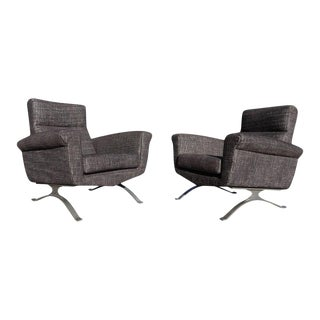Pair of Modernist Club Chairs by Augusto Bozzi for Saporiti For Sale