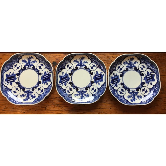 Blue Edo Period Blue & White Japanese Dishes With Chenghua Marks - Set of 3 For Sale - Image 8 of 8