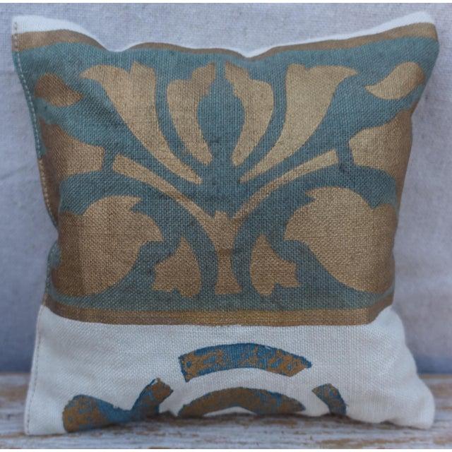 Traditional Custom Stenciled Linen Lavender Sachet For Sale - Image 3 of 3