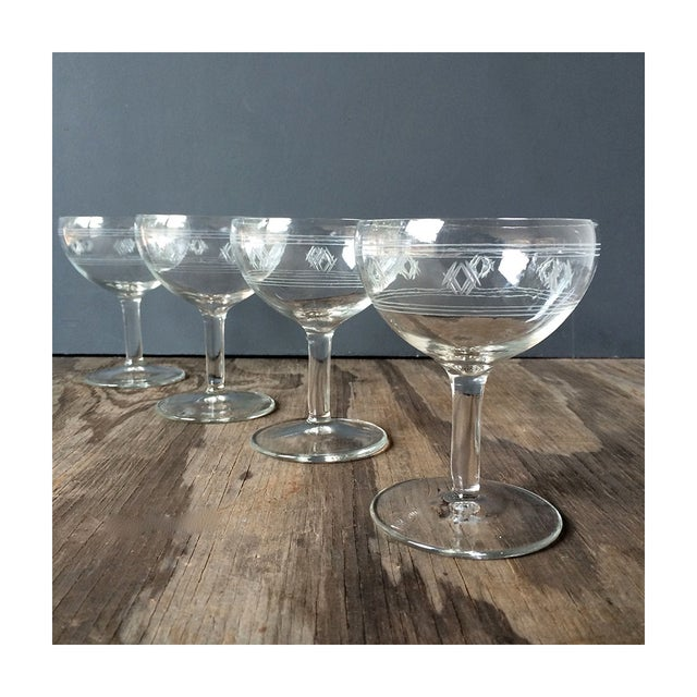 Vintage 1940s Etched Champagne Glasses - Set of 4 - Image 2 of 4