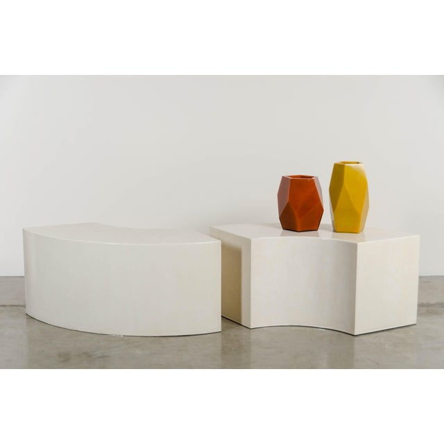 Robert Kuo Curve Bench - Cream Lacquer by Robert Kuo, Hand Made, Limited Edition For Sale - Image 4 of 5