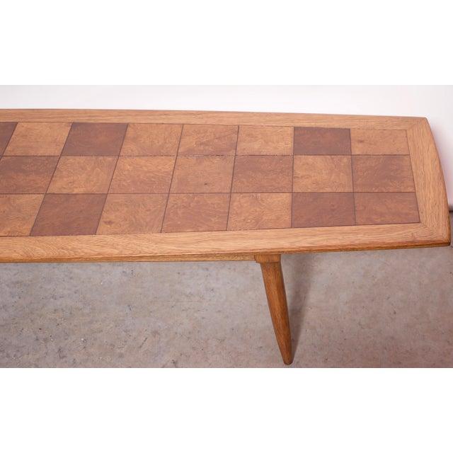 Tomlinson 1950s Art Deco Tomlinson Burlwood & Oak Coffee Table For Sale - Image 4 of 12