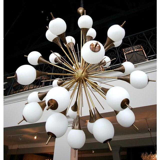 Metal 1960s Italian Brass Sputnik Chandelier With White Balls For Sale - Image 7 of 12