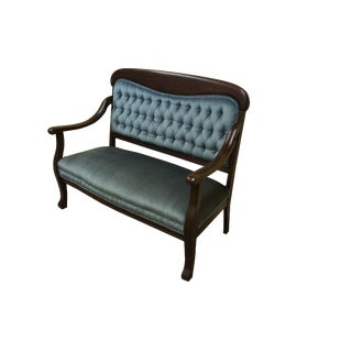 20th Century Victorian Mahogany Parlor Settee For Sale